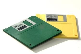 http://www.freefoto.com/images/04/20/04_20_35---1-44mb-Floppy-Disk_web.jpg